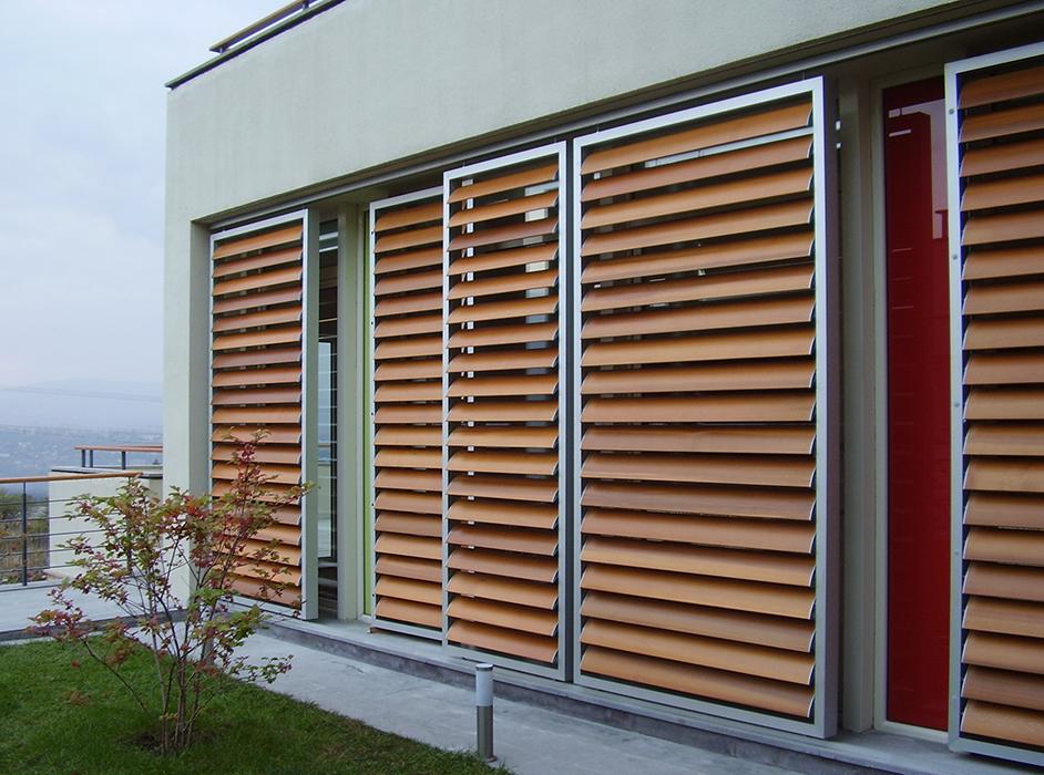 Tende persiane e frangisole ideal serramenti - Pannelli oscuranti per finestre ...